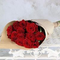 Роза красная в упаковке крафт (15шт.)